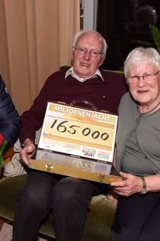 Ad en zijn vrouw winnen samen bijna twee ton