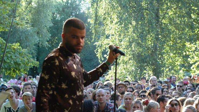 Rapper Sef op Appelsap eerder dit jaar.