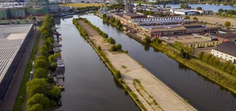 Bewoners woonboten bij Brabanthallen: 'We worden steeds meer ingesloten'