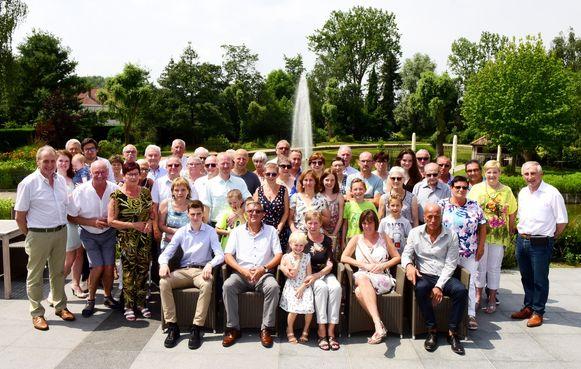 In De Castel vierde de familie Van Belle feest