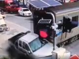 Un conducteur percuté par un train survit miraculeusement