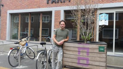 """De warmste vakantieplek van Vlaanderen, met cafébaas Karsten Peck uit Deinze: """"Farm is het soort initiatief dat deze stad nodig heeft"""""""
