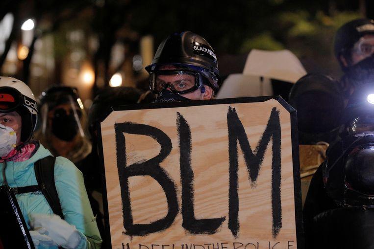 Ook zaterdag werd in Rochester, New York, gedemonstreerd tegen racisme en politiegeweld in de VS, naar aanleiding van de dood van Daniel Prude in maart. Beeld REUTERS