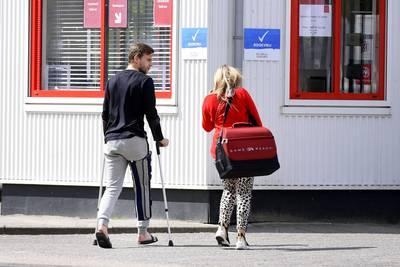 Veltman 6 tot 9 maanden buitenspel met gescheurde kruisband