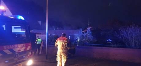 Kleinzoon (26) in Hengelo sticht brand bij oma en belt haar uit bed