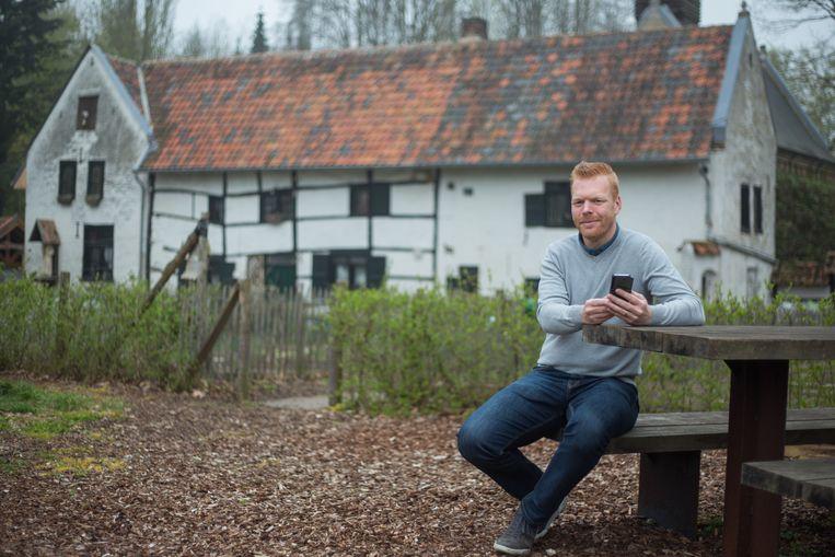 De gemeente Hoeselt lanceert De Kluizenaarstocht, een audio-visuele wandeling en belevingstocht over de Kluis van Hern, z'n kluizenaars en het Haspengouws landschap.