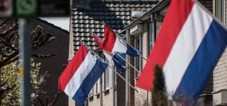 'We mogen in deze barre tijden de goede dingen niet vergeten': Duivenaren herdenken bevrijding door vlag uit te hangen