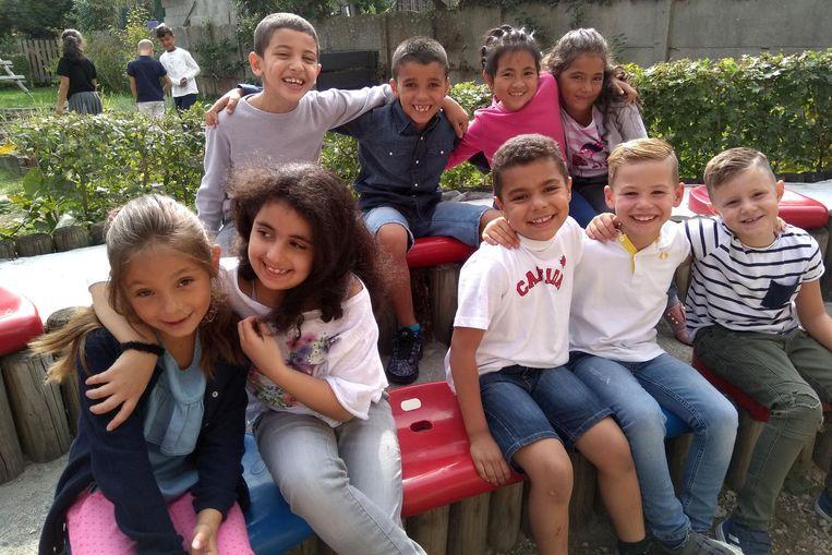 De kinderen van de basisschool Jan Ruusbroec kunnen voortaan les volgen in een openluchtklas in de schooltuin.