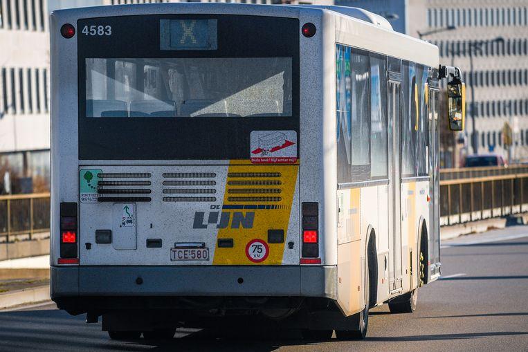De Lijn kreeg in Brussel en Antwerpen 37.350 euro aan boetes opgelegd omdat haar bussen niet voldoen aan de regels m.b.t. de LEZ.