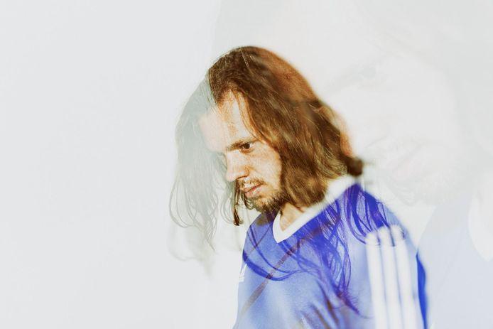 Pianist Matteo Myderwyk speelt 11 juni in Muziekgebouw Eindhoven voor maximaal dertig bezoekers.