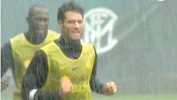 Conte toont geen medelijden: Lukaku & co krijgen pittige training voorgeschoteld in gietende regen
