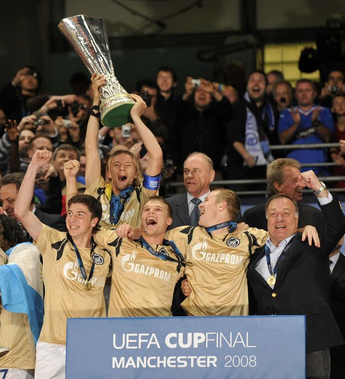 Dick Advocaat won in 2008 de finale van de UEFA Cup met Zenit Sint-Petersburg, door in de finale in Manchester met 2-0 te winnen van Rangers.