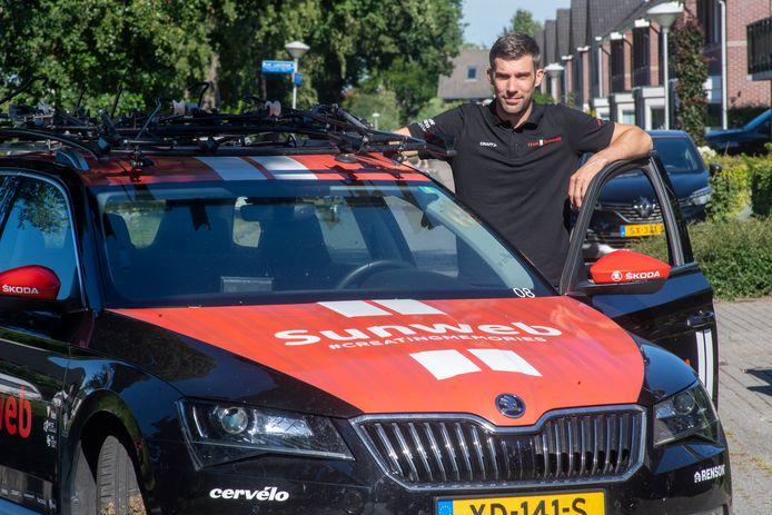Albert Timmer is fulltime coach bij de dames van wielerploeg Team Sunweb.