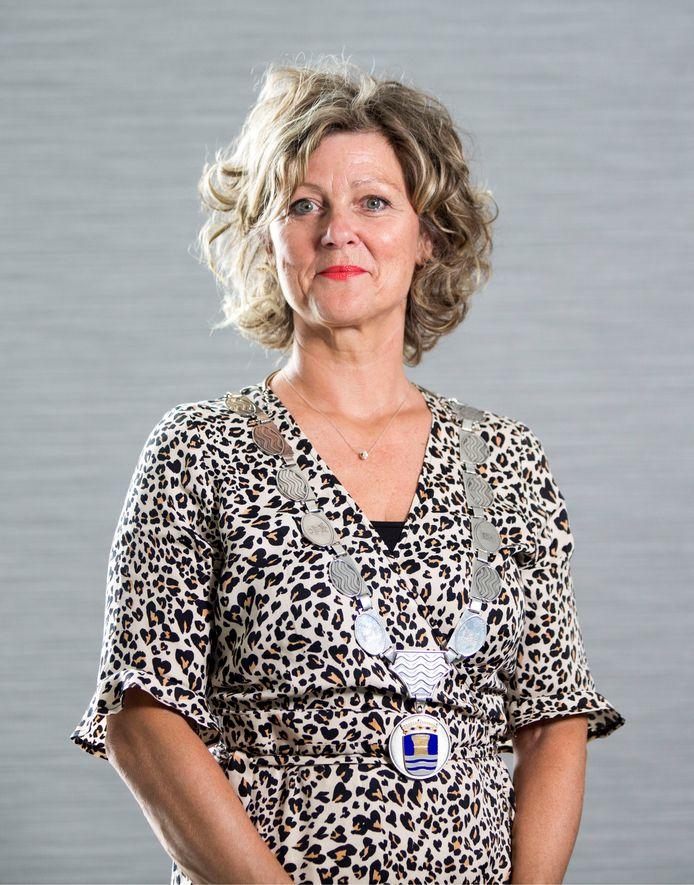 Burgemeester Ada Grootenboer: ,,De bewoners van dit eiland zijn nuchtere, hardwerkende mensen met respect voor het gezag.''
