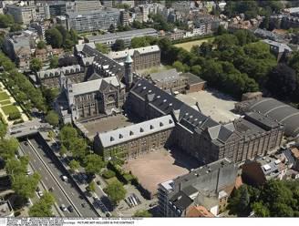 Etterbeek neemt maatregelen om verspreiding Britse variant in te dijken: school sluit deuren, 287 leerlingen in quarantaine