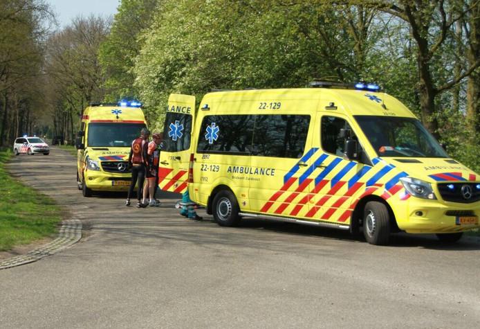 Wielrenners gewond bij ongeluk in Mierlo.