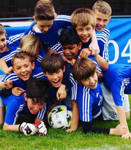 Voetballertjes gedupeerd: clinic Schalke 04 gaat niet door na faillissement Nederlands bedrijf