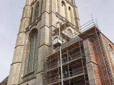 Urenlang onrust over instortingsgevaar kerk in Brielle