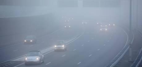 Nog code geel door dichte mist, vliegverkeer Eindhoven Airport ontregeld