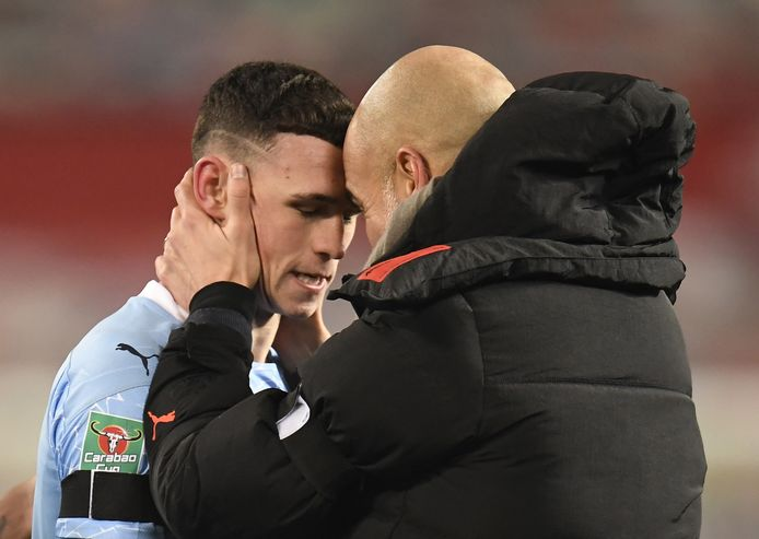 Pep Guardiola is dolblij met Phil Foden.