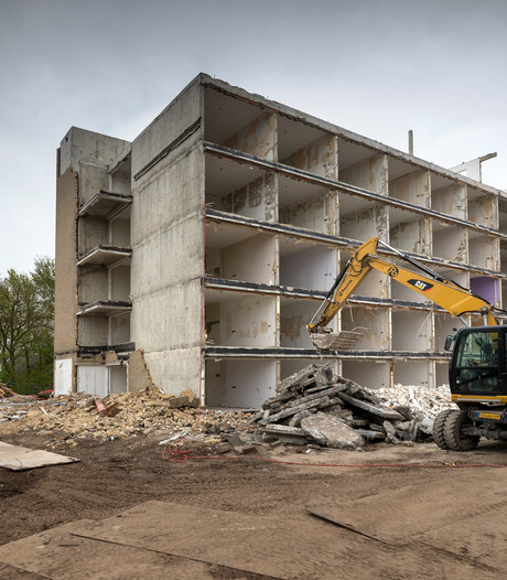 Sloop Annenborch Rosmalen nog voor bouwvak hervat