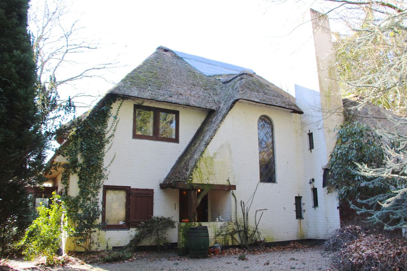 Villa De Roselaer aan de Bosscheweg in Berkel-Enschot moet volgens de heemkundekring op de monumentenlijst (foto: funda.nl)