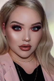 Udense Nikkie gaat make-up van superster Katy Perry doen