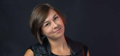 Concert Claudy.  Tilburgse zangeres leert kneepjes van het vak bij Theaters Tilburg