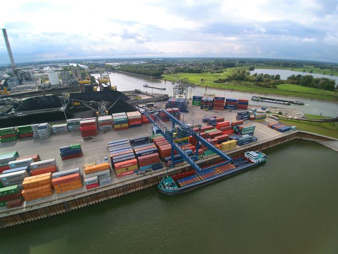 Containeroverslagbedrijf BCTN in Nijmegen