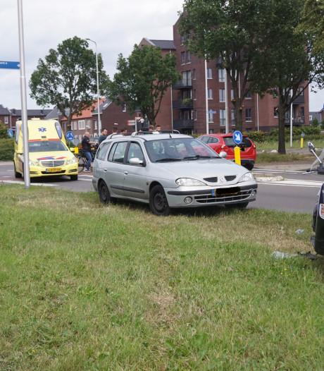 Scooterrijder geschept door auto in Bunschoten
