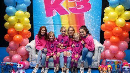 1000 enthousiaste fans overrompelen Kinderplaneet voor foto met K3