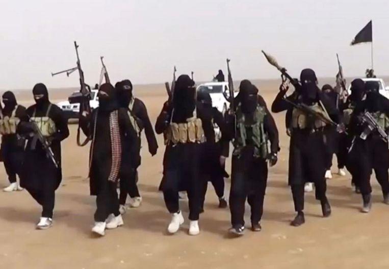 De recruteringsdienst van IS wil dat Britten voortaan in eigen land aanslagen voorbereiden en een lokale IS oprichten.