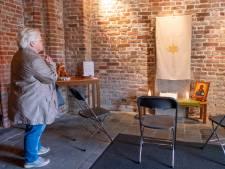 Kanselkleed uit Souburgse stiltekapel gestolen: 'Dit gaat om de emotionele waarde'