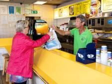 Snackbar in Lelystad moet na 41 jaar dicht: 'Ik kan wel janken'