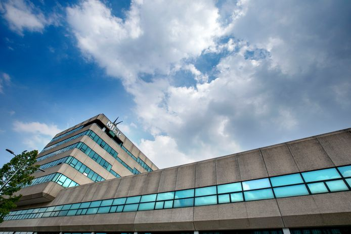 Het voormalige pand van Philips aan de Kastanjelaan op Strijp-S is inmiddels een verzamelgebouw voor creatieve ambachtslieden, designers  en andere bedrijven.