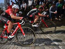 Vijftien renners bestraft vanwege het fietsen op de stoep