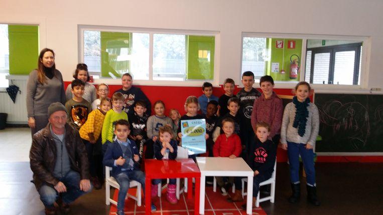 De kerstmarkt op school bracht 1.000 euro op.