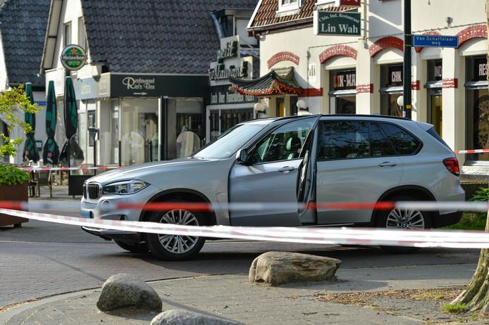 De zilvergrijze taxi van de neergestoken chauffeur op 9 juni.