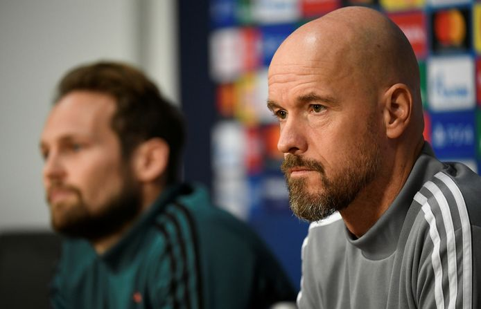 Daley Blind (links) en Erik ten Hag.