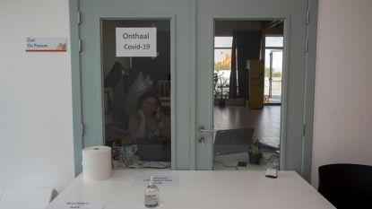 Laarne test inwoners op corona in triagecentrum, Wetteren klaar voor opvang patiënten in Sporthal De Warande
