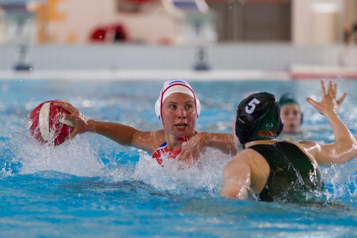 Charlotte Mensink scoorde twee keer voor Het Ravijn