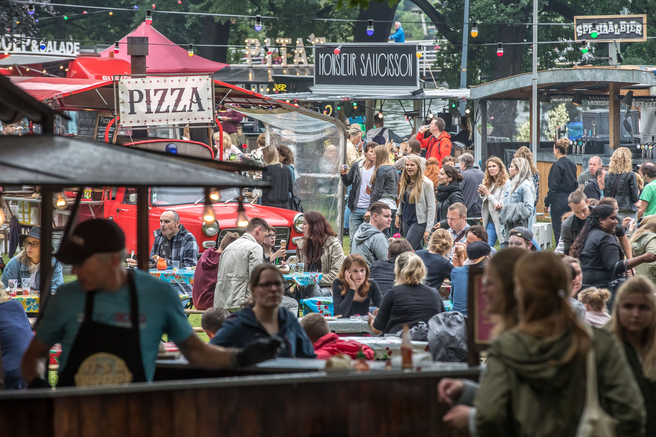 Foodtruckfestival Lepeltje Lepeltje strijkt weer neer in Zwolle, komend weekeinde. Ditmaal in Park Wezenlanden.