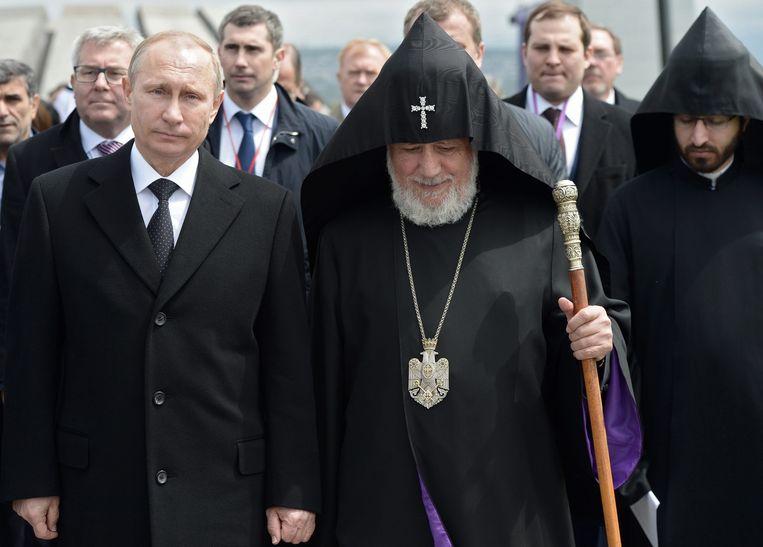 Poetin met patriarch van de Armeense katholieke kerk Karekin II Beeld epa