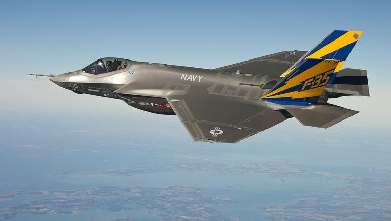 Een Joint Strike Fighter van de Amerikaanse marine tijdens een testvlucht. Beeld AFP