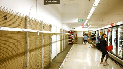"""""""Niet meer dan vier pakken toiletpapier per persoon"""": Australische supermarktketen grijpt in na hamsteren door coronavirus"""