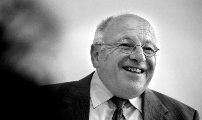 Oud-burgemeester Dick Corporaal van Zwijndrecht en Leerdam