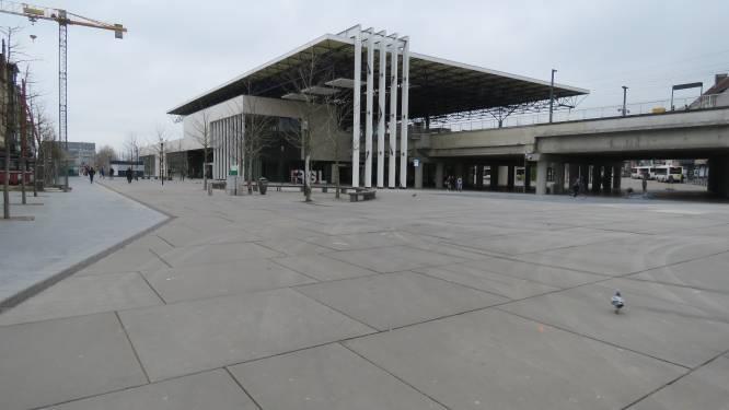 Vechtpartij op Stationsplein waar ruim 36 camera's hangen roept vragen op bij N-VA