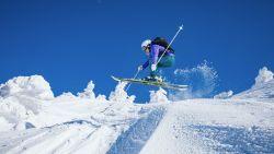 Helpt een skihelm hoofdletsels te voorkomen?