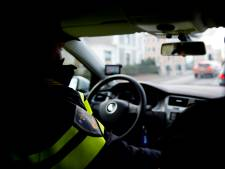 Man met harde klap buiten westen geslagen en beroofd van horloge in Heemstede