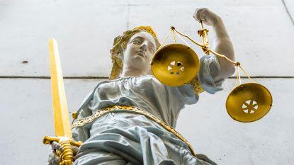 Hoogste rechtscolleges luiden noodklok